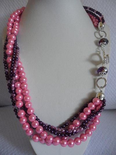 Girocollo Multifilo con Perle e Perline
