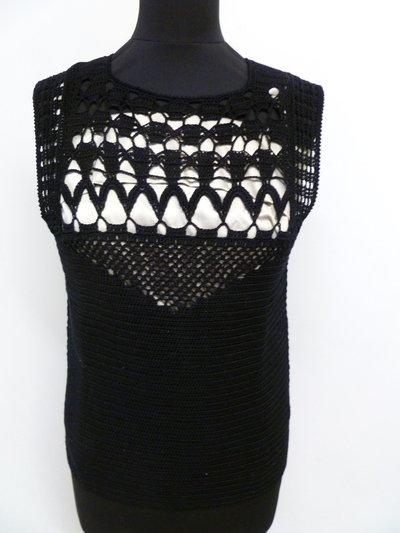 maglietta nera