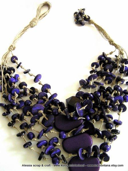 """Collana """"deep purple 2"""" in cocco viola e puro lino"""