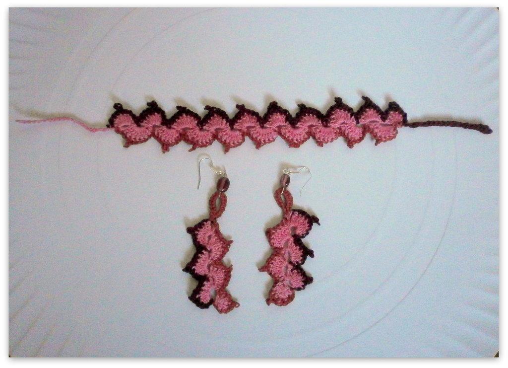 bracciale e orecchini crochet