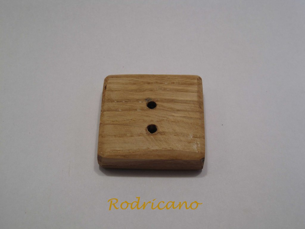 Botón cuadrado Roble