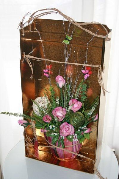 Buquet decorativo, le roze , fiori fatte a mano in argilla giaponese