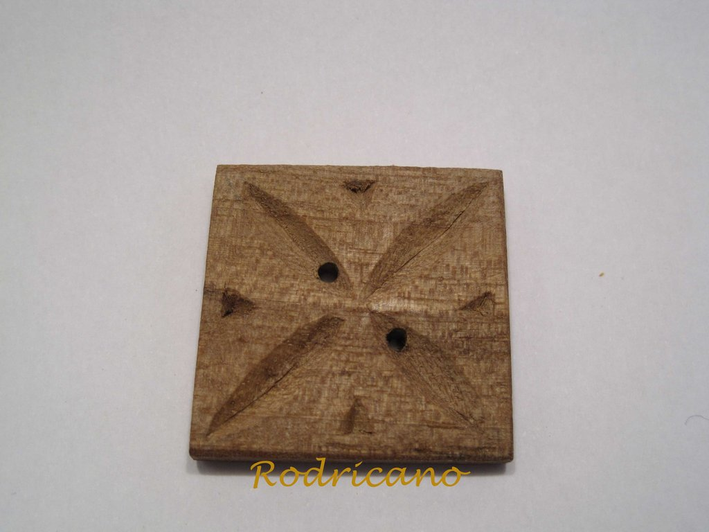 Botón cuadrado estrella nogal