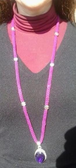 collana cotone viola