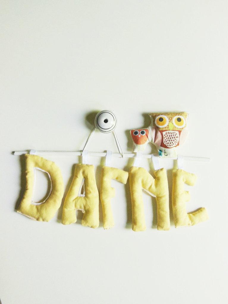 Targa nascita con lettere di stoffa imbottite: la decorazione per la cameretta che puoi personalizzare a tuo piacere!