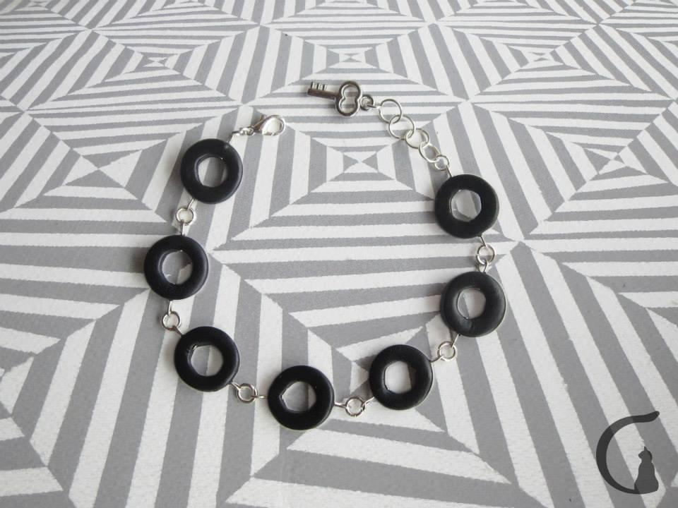 Bracciale realizzato a mano in pasta fimo - Serie cerchi con buco