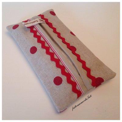 Portafazzoletti da borsa a pois rossi con fettuccia