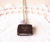 Collana con libro di Once Upon a Time