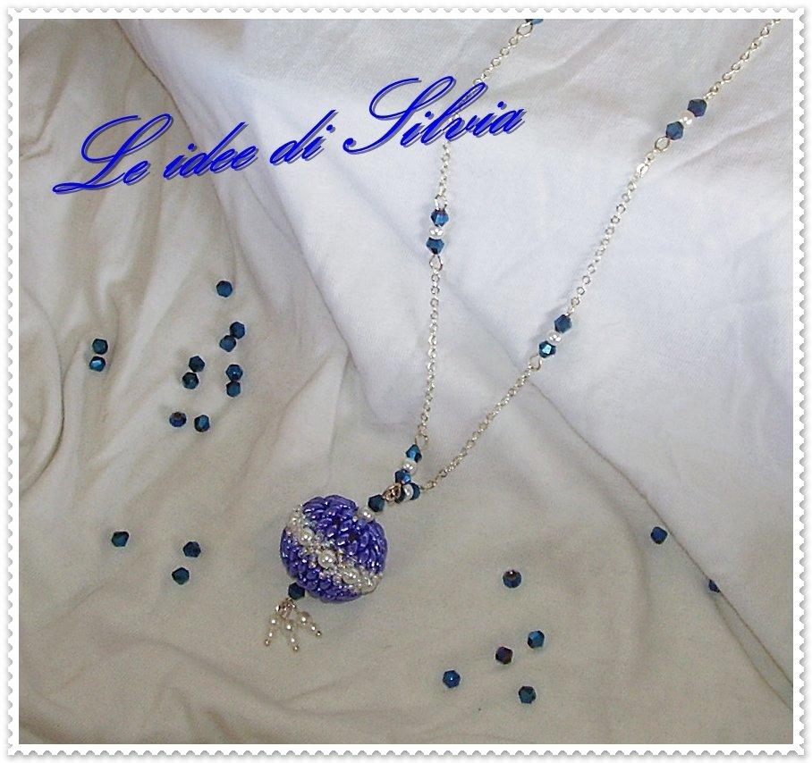 Collana con pendente e perle