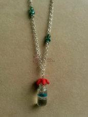 Collana con bottiglietta con mini medusa e stella marina fimo