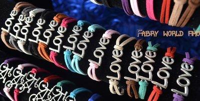 bracciale con love e fili di alcantara