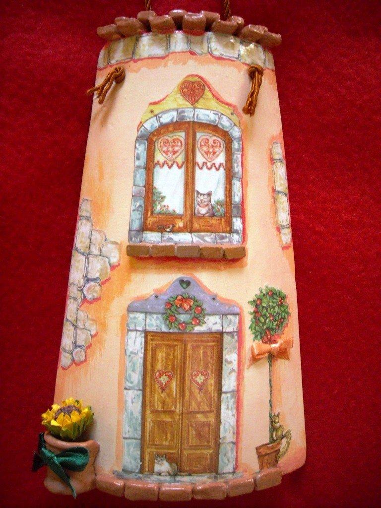 Tegola con gattini in miniatura. Idea regalo originale. Decorata a mano, con tecnica Decoupage.