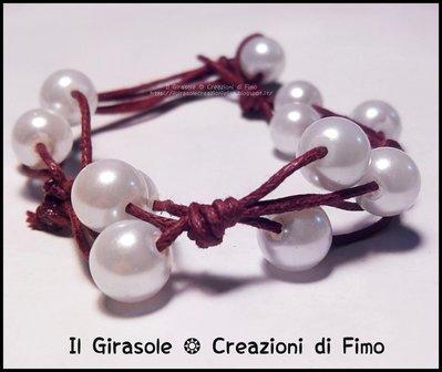 Bracciale in filo di cotone e perle