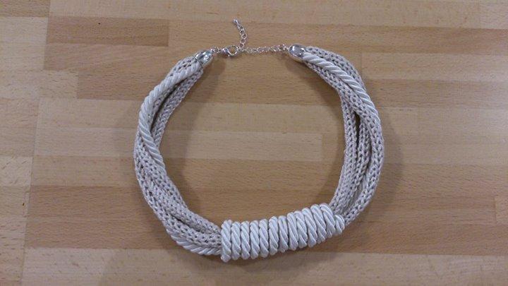 collana tricot