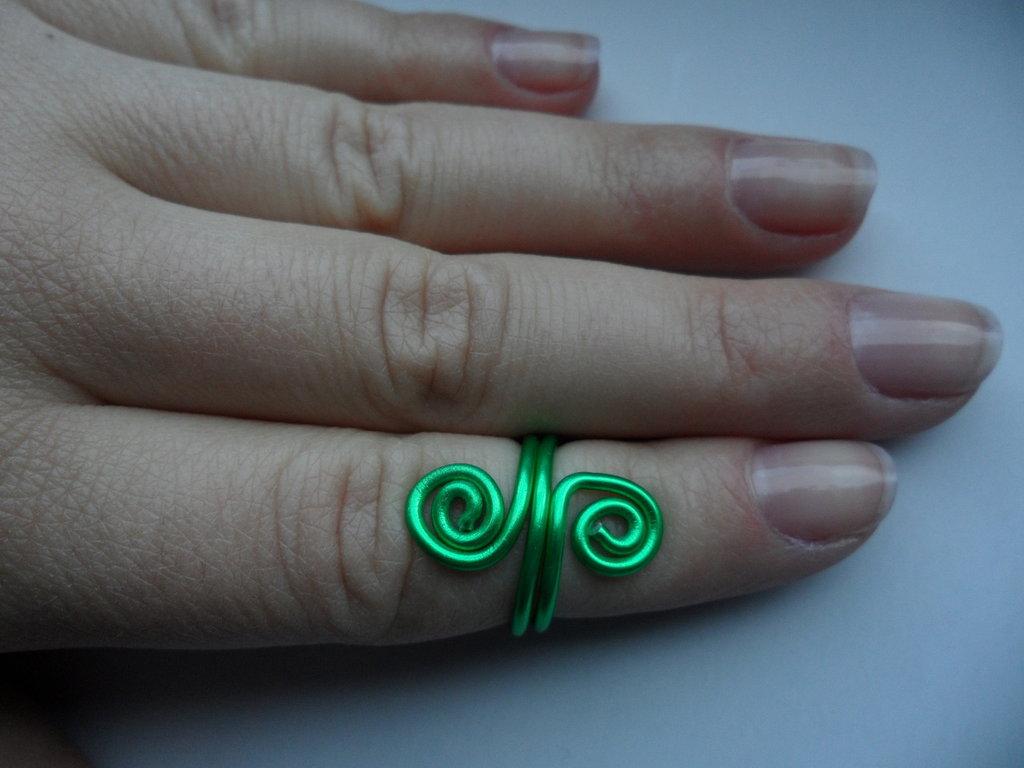 Anello a metà dito Verde