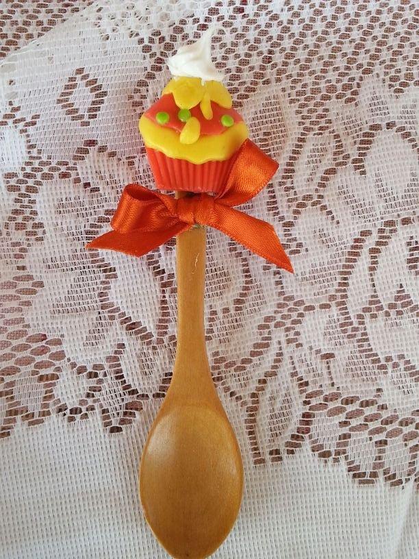 cucchiaio legno cupcake