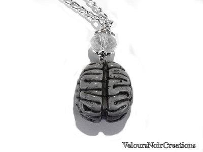 collana lunga ciondolo cervello umano in fimo