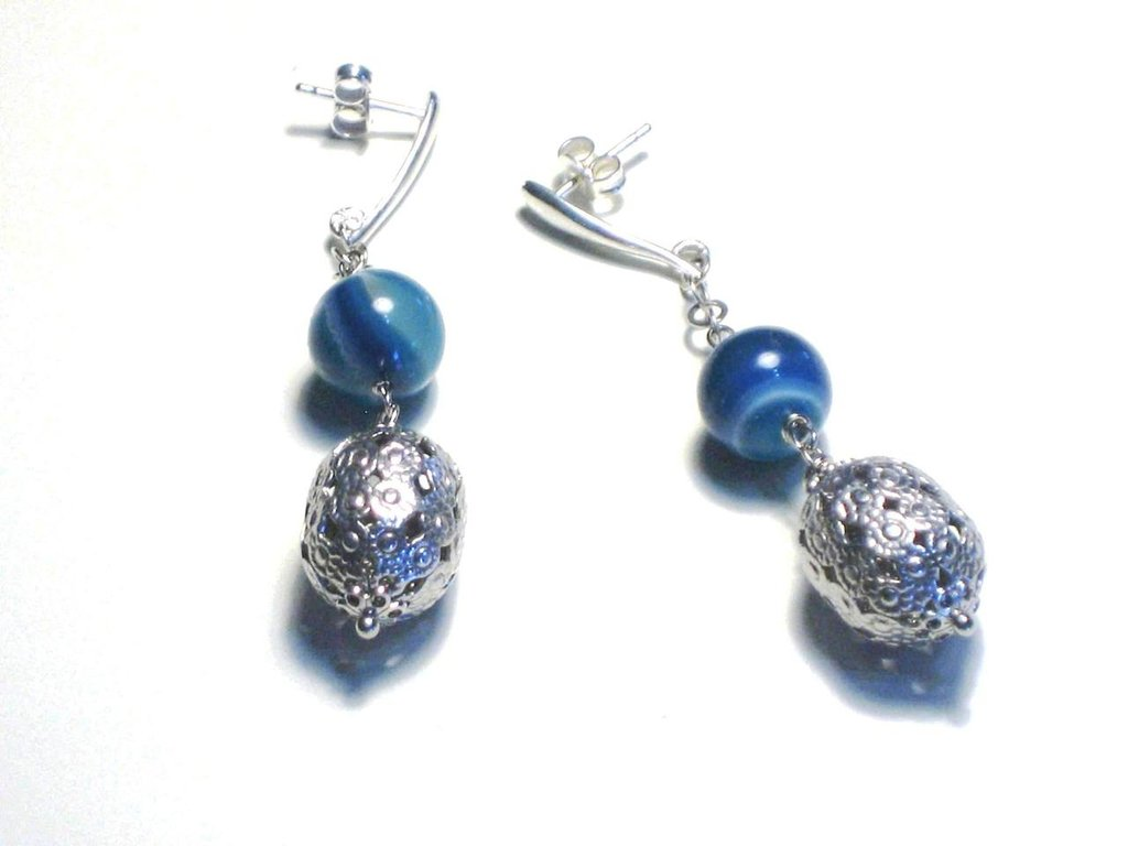 orecchini in argento 925 a filigrana e agata blu