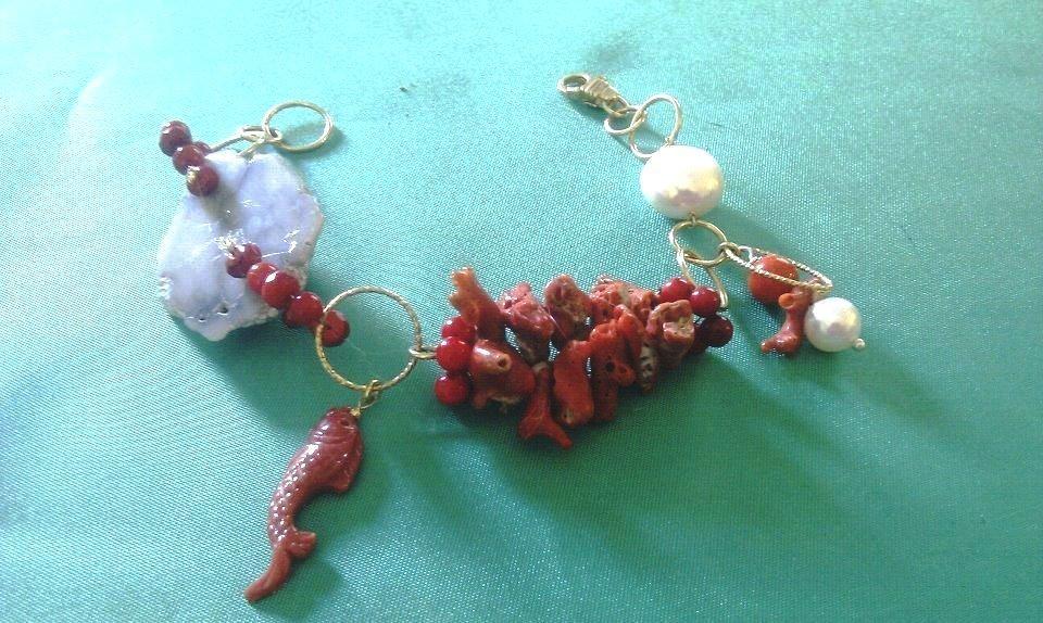 bracciale di argento e corallo grezzo naturale