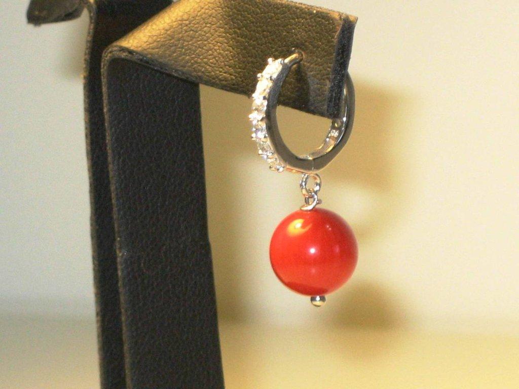orecchini in argento, zirconi e corallo