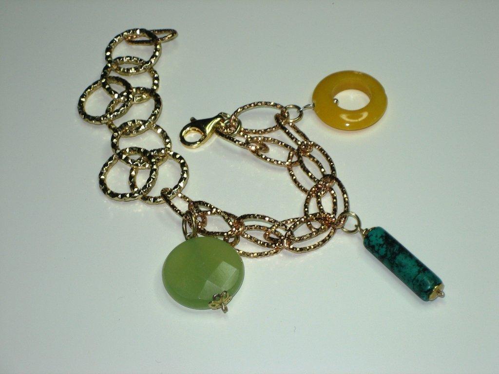 bracciale in bronzo e argento con charms