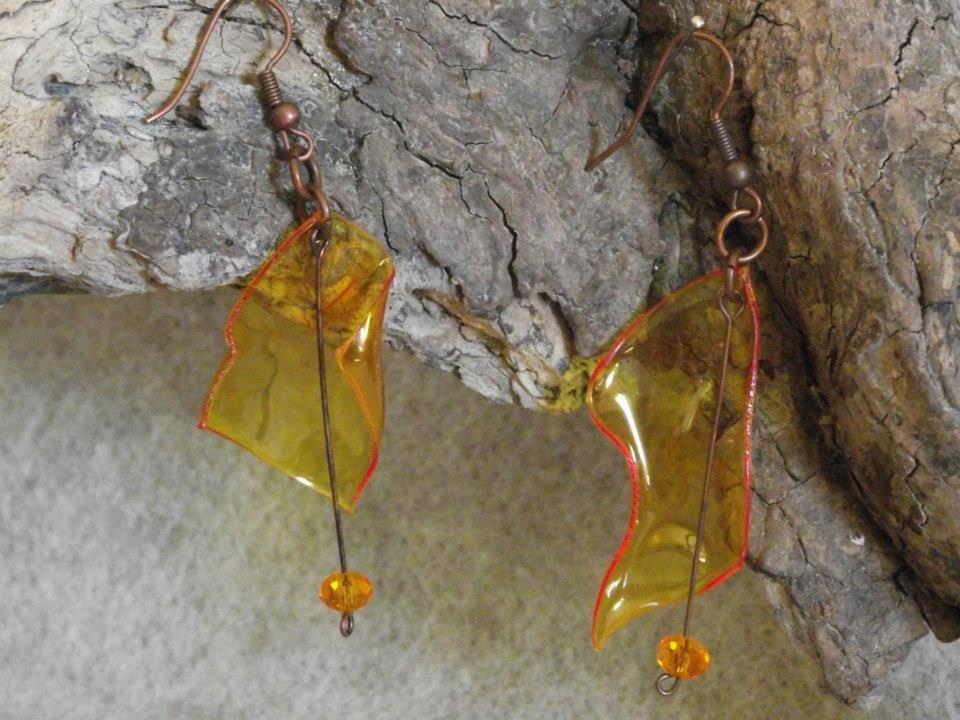 orecchini pendenti finto vetro