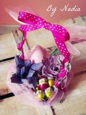 Porta cioccolatini con rose di carta - Segnaposto primaverile o Centrotavola per matrimonio Realizzato a mano