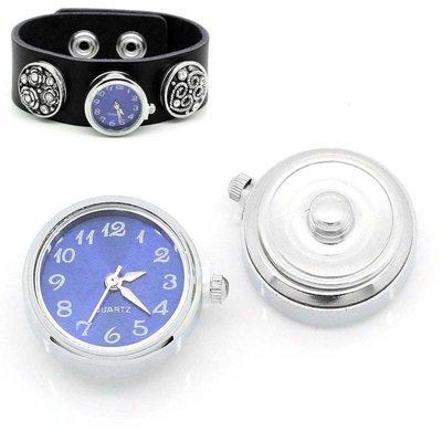 Orologio a  Bottone a clip azzurro 25mm x 21mm con batteria scontato solo x poco