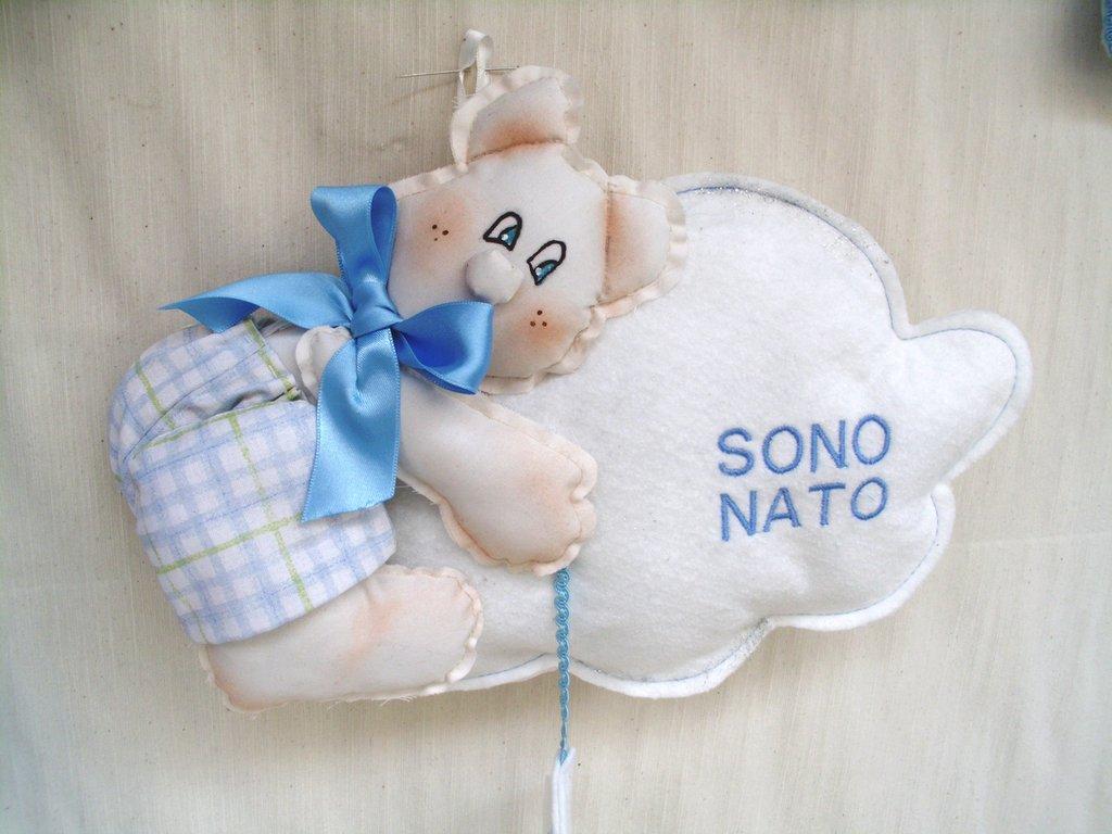 fiocco nascita in stoffa  ricamato con orsetto