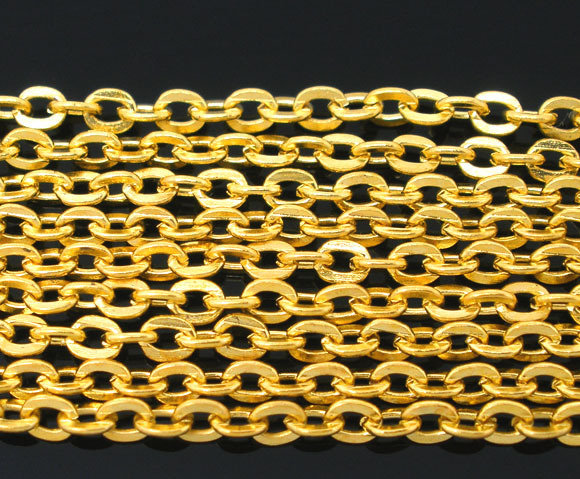 Catena color oro 3x2,5 mm.