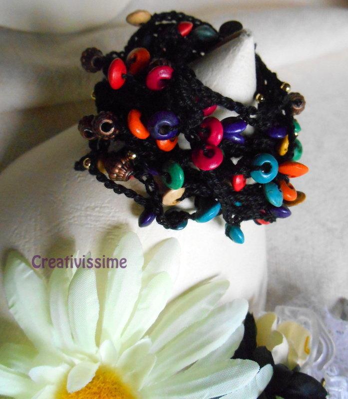 Braccialetto uncinetto e perline fatto a mano nero multicolore
