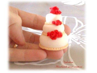 Segnaposto Matrimonio Mini Torte.Mini Wedding Cake Mini Torta Tortina Con Rose Rosse Segnaposto
