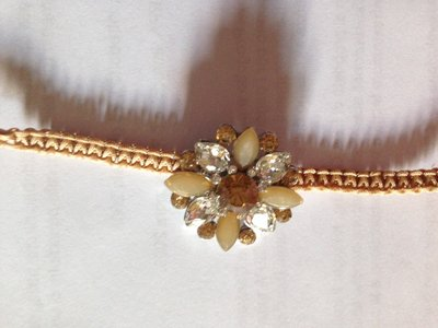 Bracciale fiore di loto oro