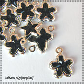 12 Charms neri (forme varie)