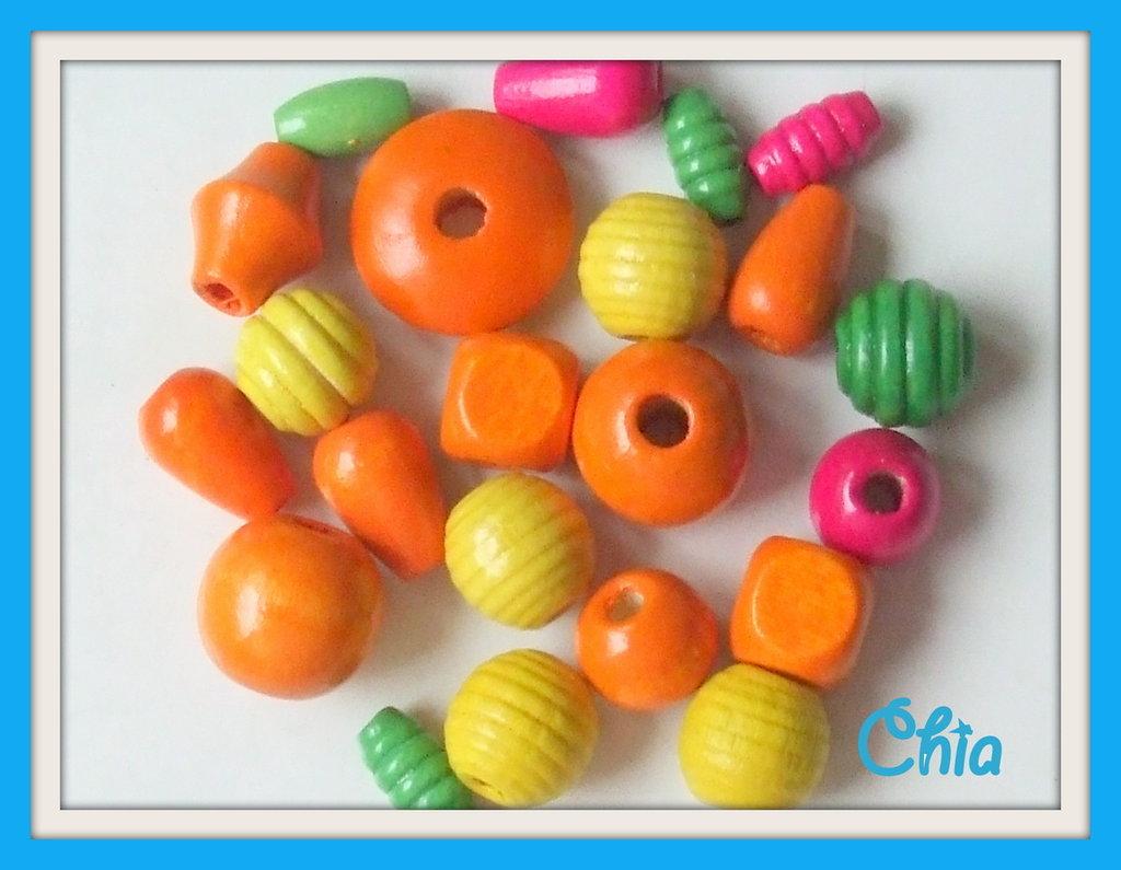 Lotto 20 perle legno arancione giallo verde fucsia