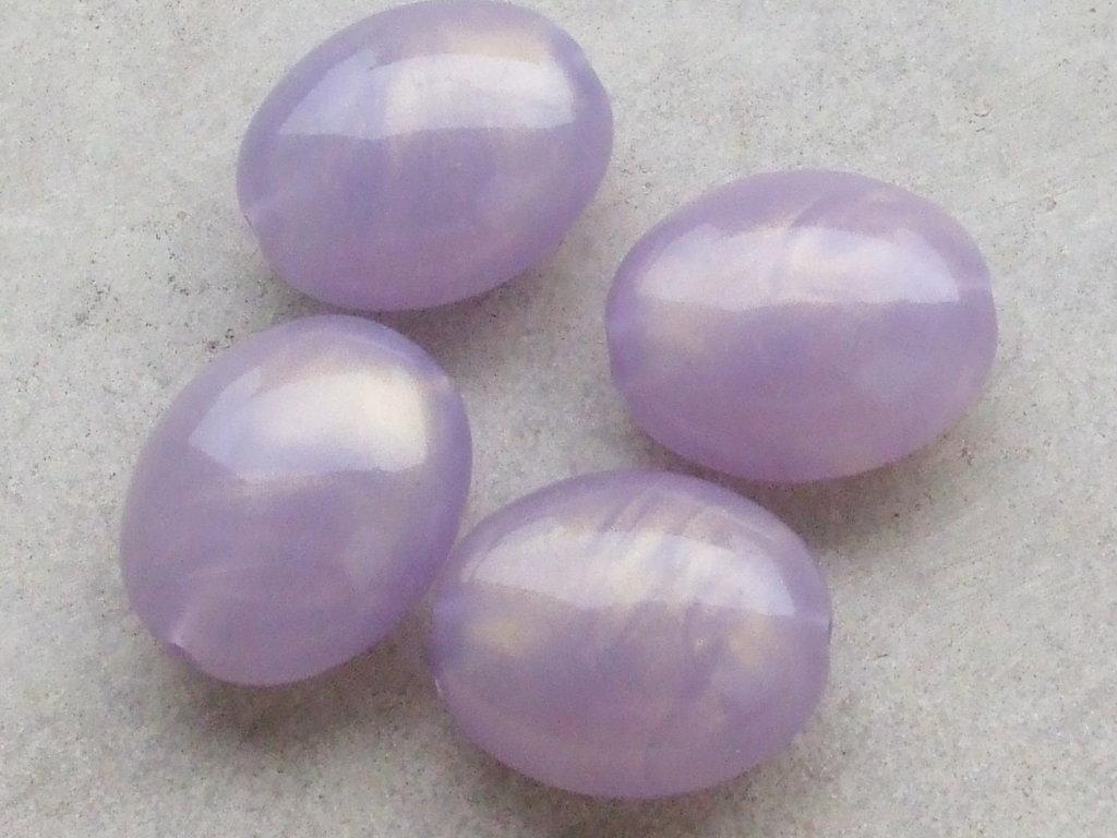 4 maxi perle lilla cangianti dorate