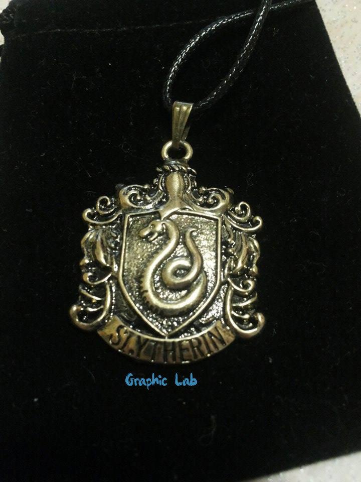 Collana Stemma Serpeverde in Oro Antico Harry Potter