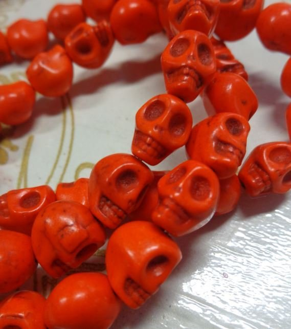 10 Mini Perline Teschi Pietra Sintetica ARANCIO