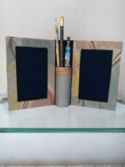 Cornice doppia con portamatite