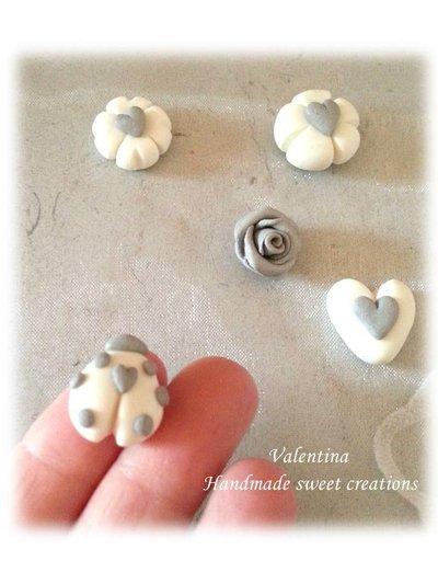 Cabochon decorazione applicazione cuore coccinella quadrifoglio fiore- argento