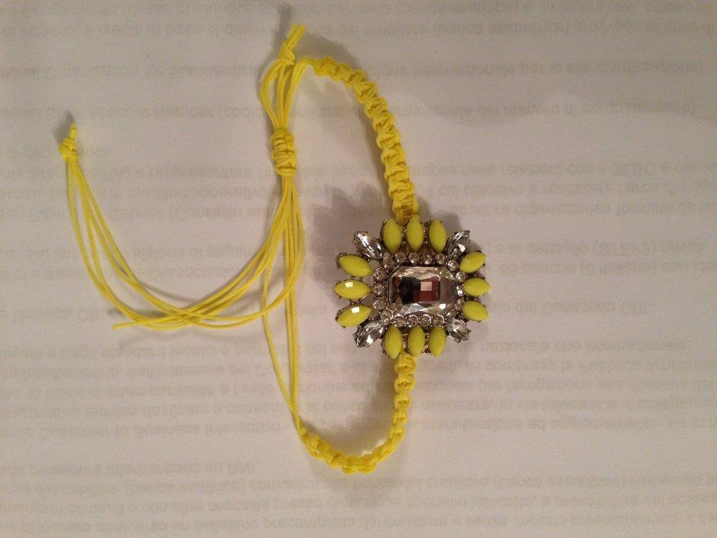 Bracciale shourrouk inspired colore giallo
