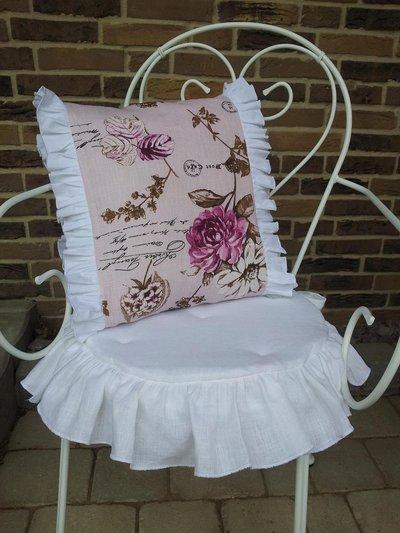Cuscino in stile romantico