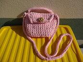 Borsa rosa in fettuccia fatta a mano