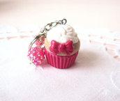 *IN OFFERTA* Portachiavi cupcake magenta/fucsia con fiocco in fimo e perle