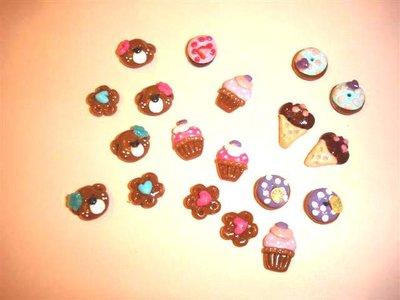CIONDOLI  Dolcetti ( gelatini, donuts, ciambelle, cupcakes)  - uno a scelta  - fimo per orecchini bracciali collane