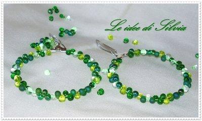 Orecchini cerchi verdi