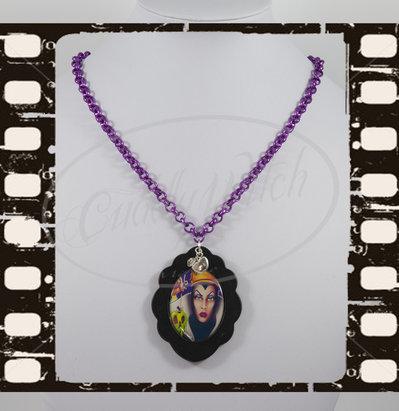 EDIZIONE LIMITATA! Collana Grimilde Biancaneve, cammeo fotografico 30x40, nero viola - Maleficent, regine cattive, goth lolita pin up