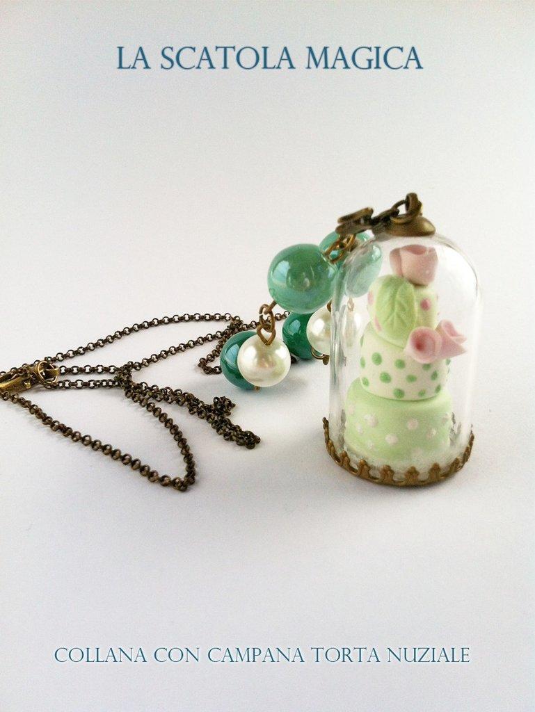 Collana campana vetro con miniatura torta 3 piani