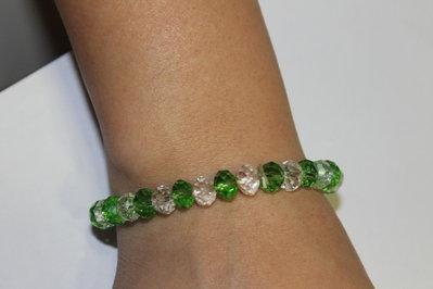 Bracciale con swarovski verdi e trasparenti