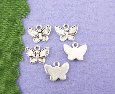 10X Charm ciondolo farfalla argento antico 10x13 mm.
